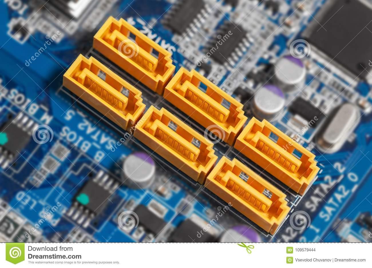 motherboard-sata-connectors-focus-sata-motherboard-sata-connectors-focus-sata-port-109579444.jpg